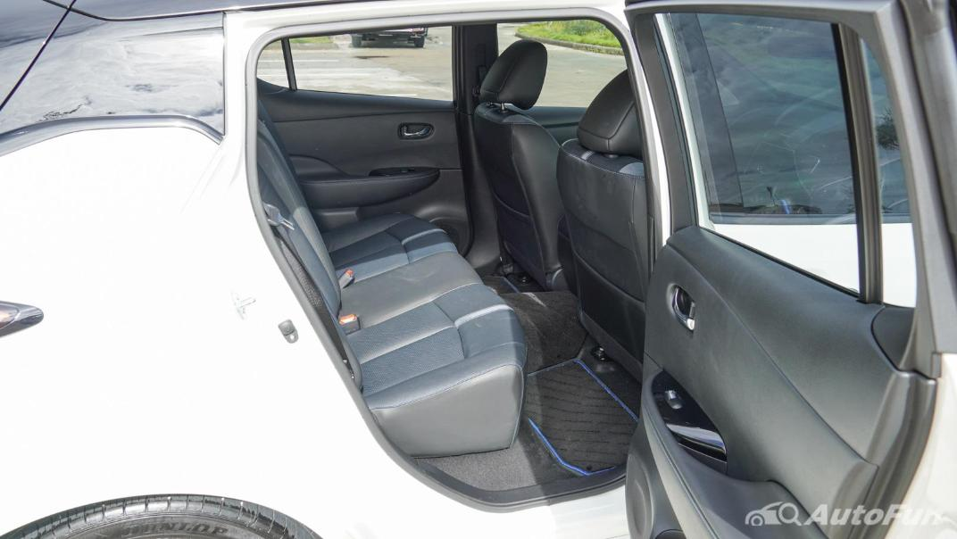 2020 Nissan Leaf Electric Interior 052