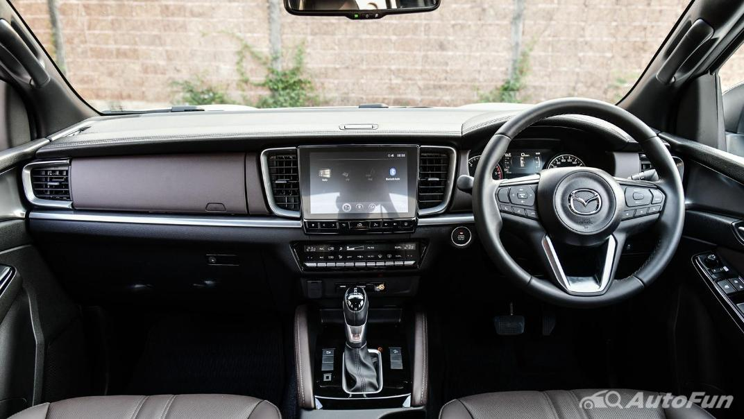 2021 Mazda BT-50 Pro Double Cab 1.9 SP Hi-Racer 6AT Interior 007