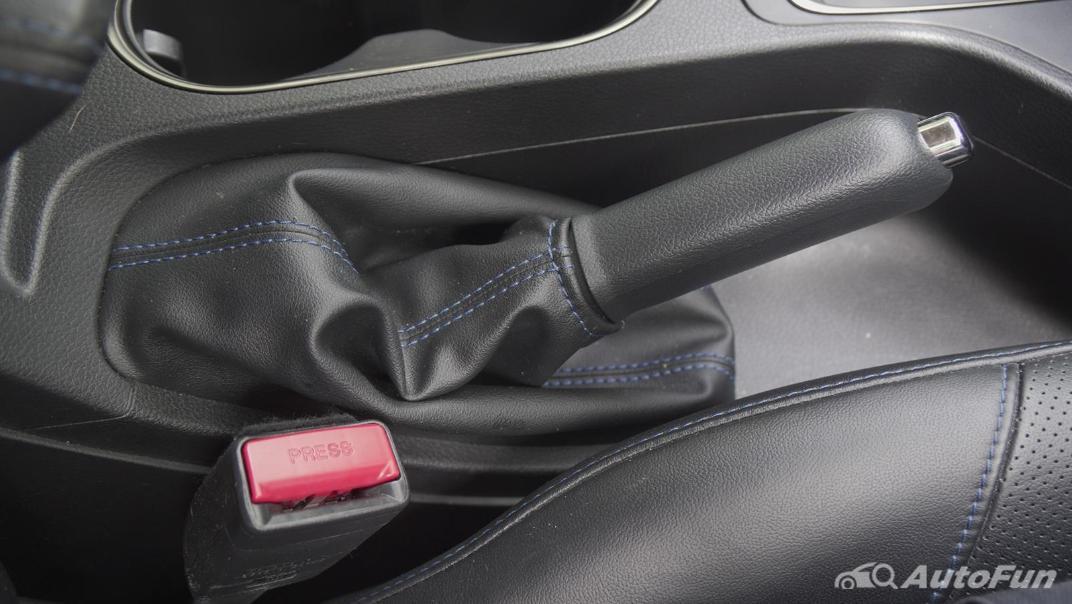 2021 Ford Everest 2.0L Turbo Titanium 4x2 10AT - SPORT Interior 029