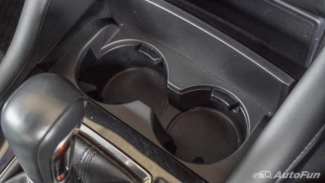 2020 Mazda 3 Fastback 2.0 SP Sports Interior 028