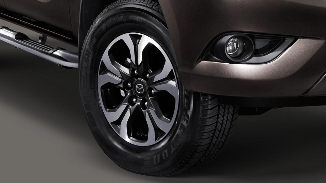 Mazda BT-50 Pro Double Cab 2020 Exterior 013