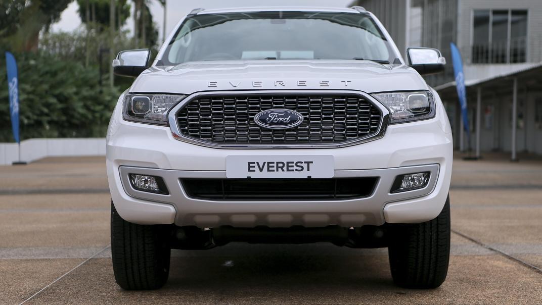 2021 Ford Everest Titanium Exterior 002