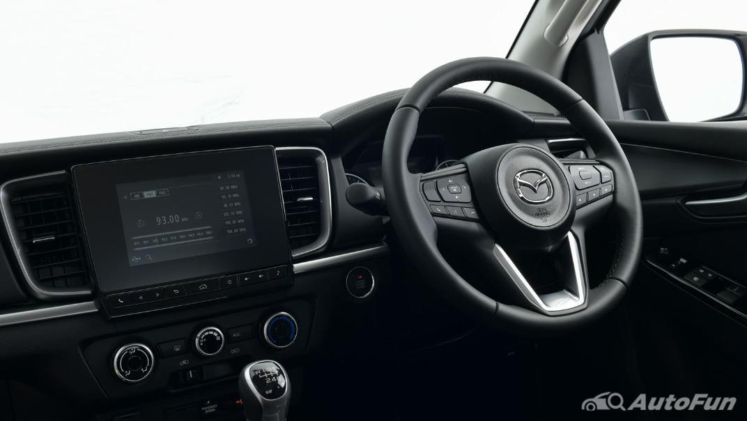Mazda BT-50 Pro 2021 Interior 031