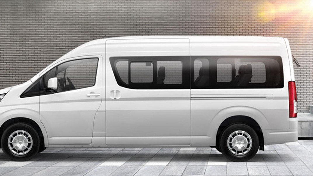 Toyota Commuter 2020 Exterior 004