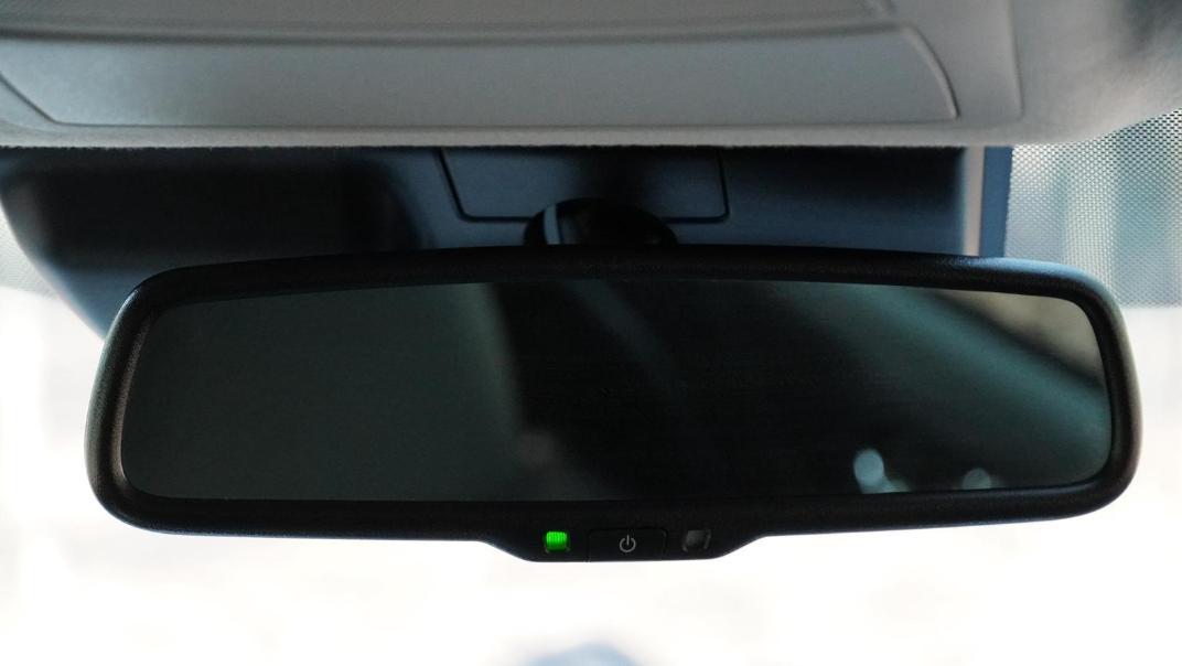 2021 Nissan Navara Double Cab 2.3 4WD VL 7AT Interior 051