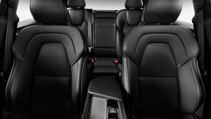 Volvo XC 60 Public 2020 Interior 010