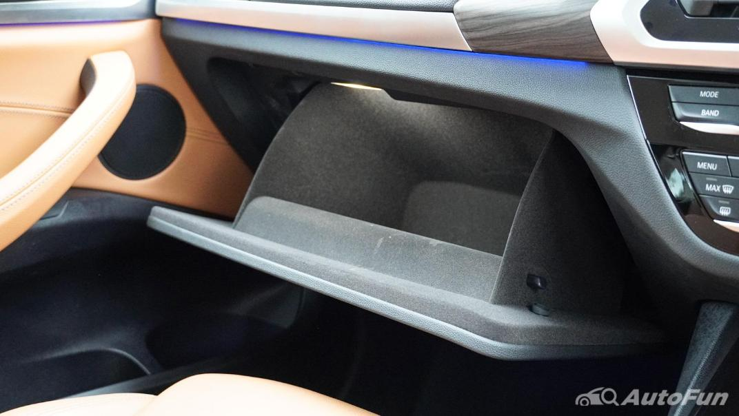 2020 2.0 BMW X3 xDrive20d M Sport Interior 036