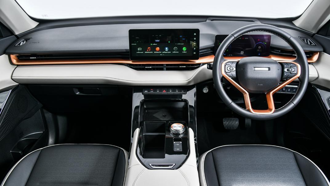 2021 Haval H6 HEV Ultra Interior 002