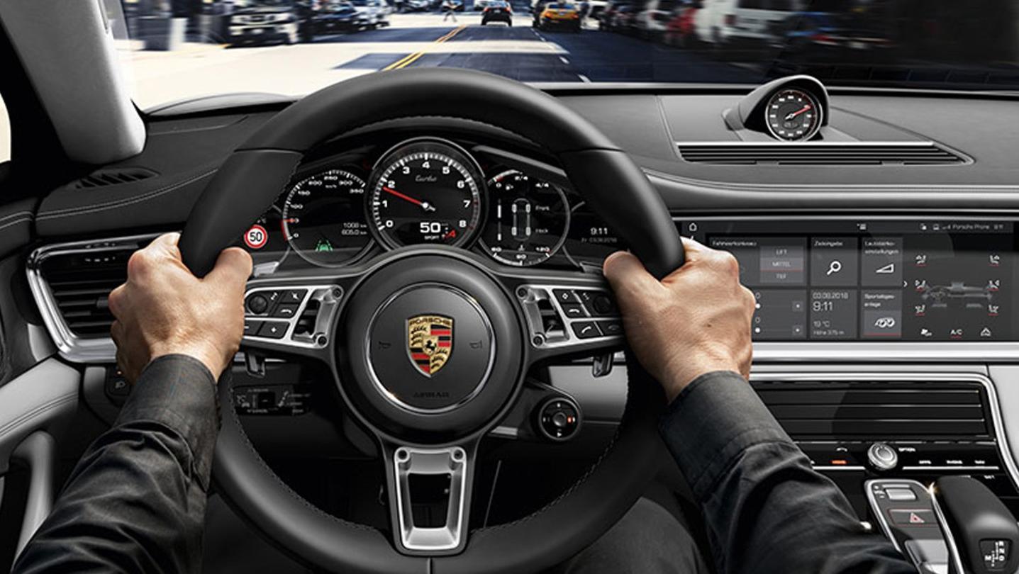 Porsche Panamera 2020 Interior 004