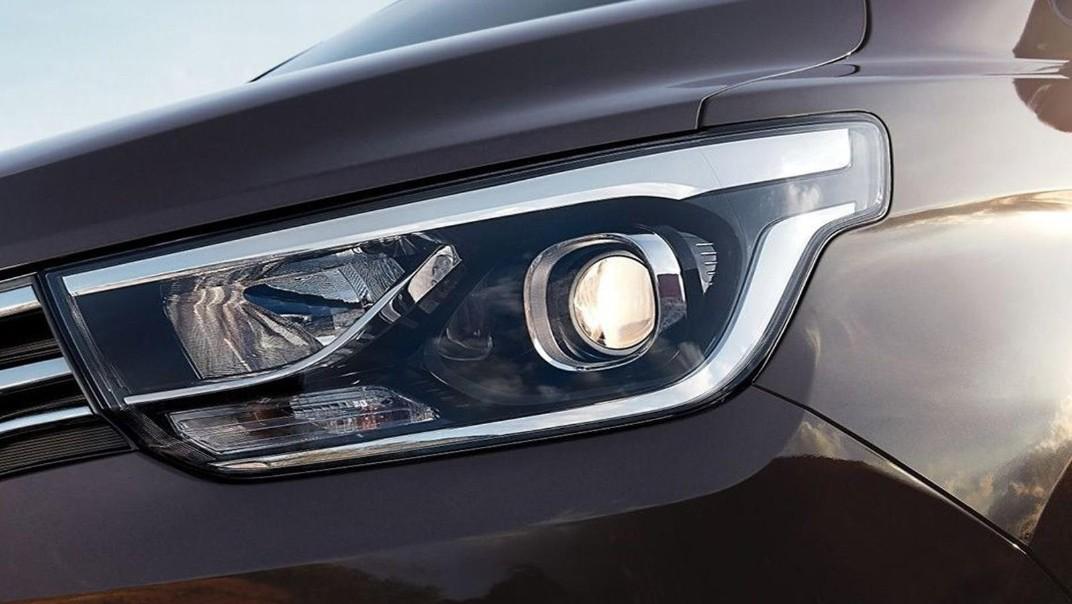Hyundai Grand-Starex 2020 Exterior 007