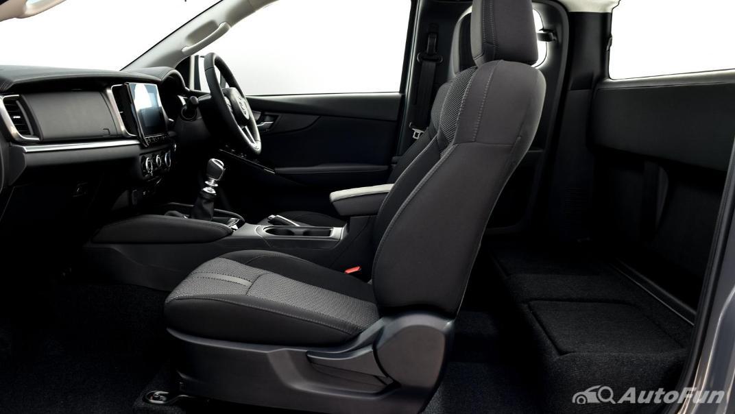 Mazda BT-50 Pro 2021 Interior 049