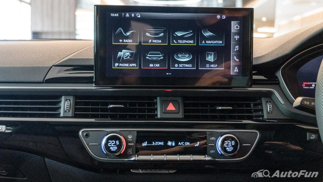 2020 Audi A4 Avant 2.0 45 TFSI Quattro S Line Black Edition Interior 090