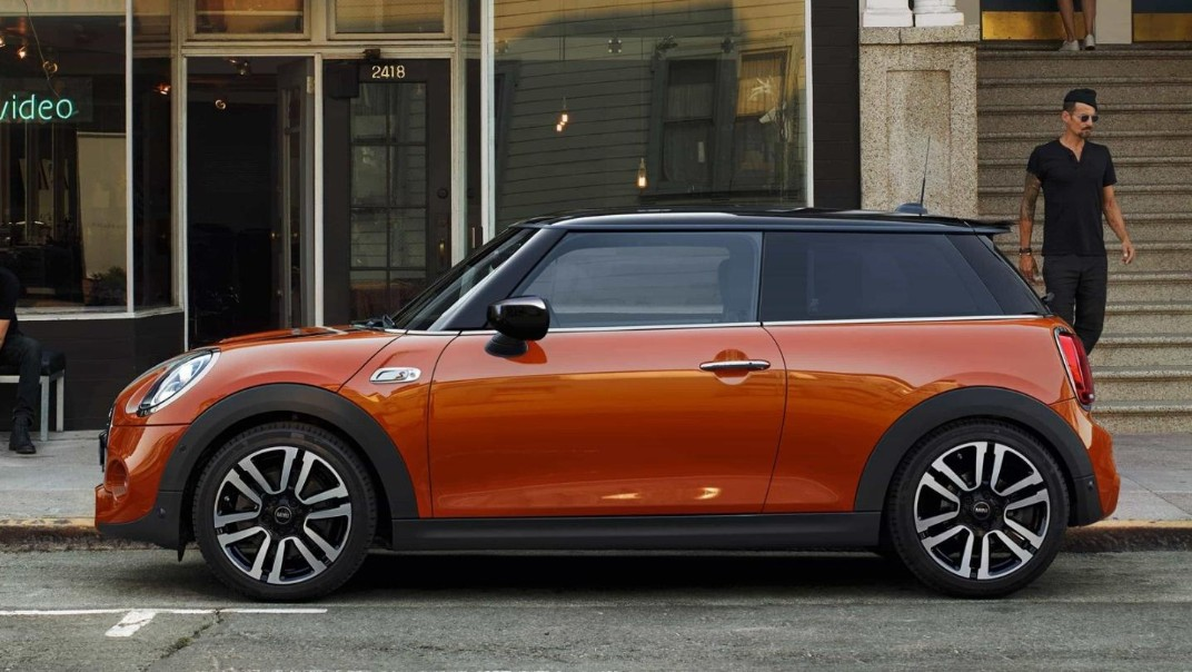 Mini 3-Door-Hatch Public 2020 Exterior 009