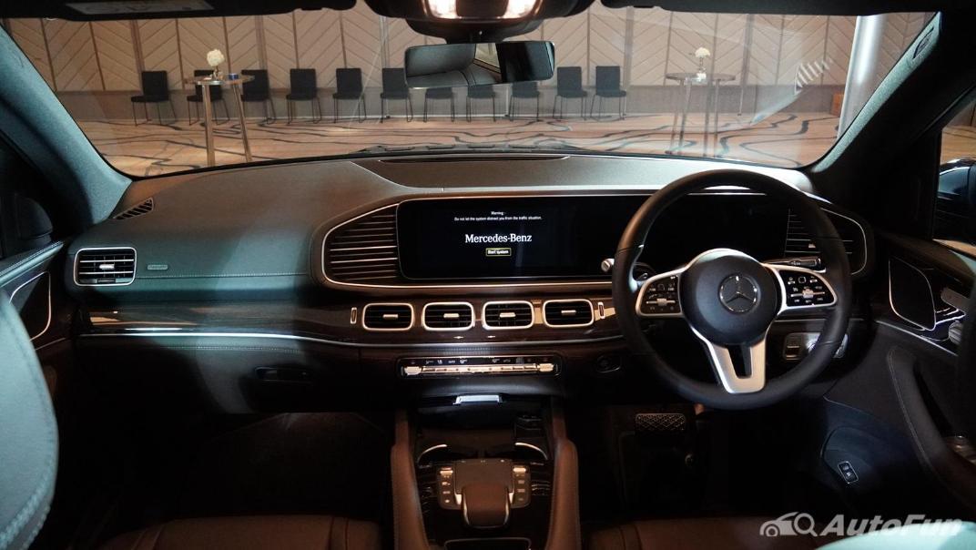 2021 Mercedes-Benz GLE-Class 350 de 4MATIC Exclusive Interior 037