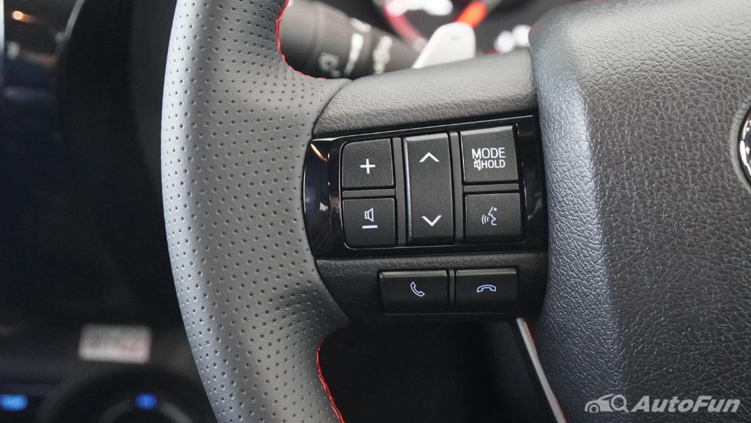 2021 Toyota Hilux Revo Double Cab 4x4 2.8 GR Sport AT Interior 003