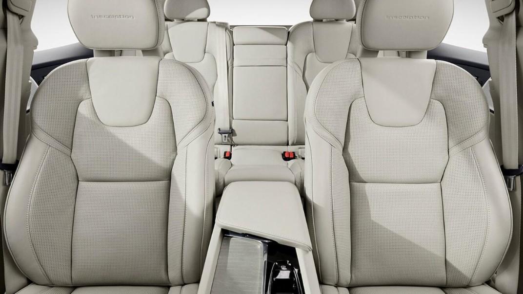 Volvo XC 60 2020 Interior 011