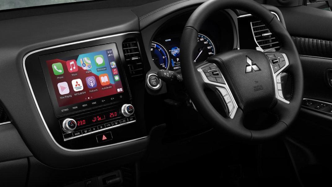 Mitsubishi Outlander PHEV 2021 Interior 001