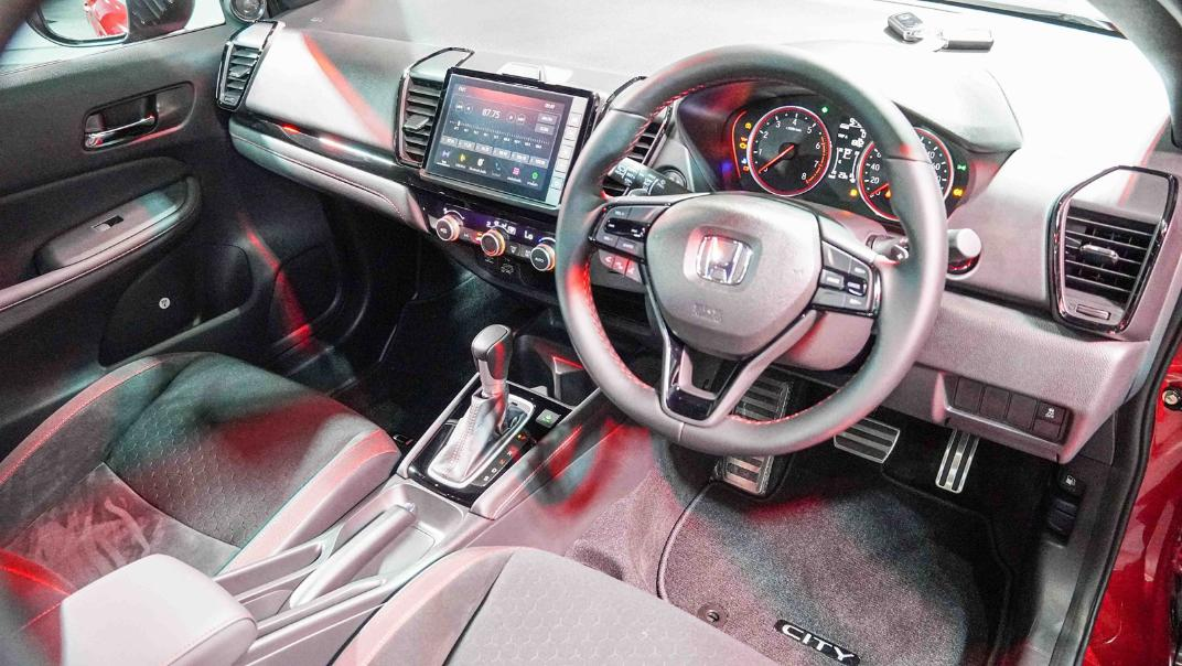 2021 Honda City Hatchback 1.0 Turbo RS Interior 013