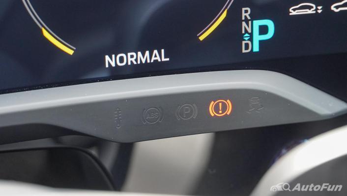 2020 Porsche Taycan Turbo Interior 007