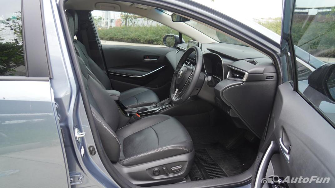 2021 Toyota Corolla Altis 1.8 Sport Interior 028