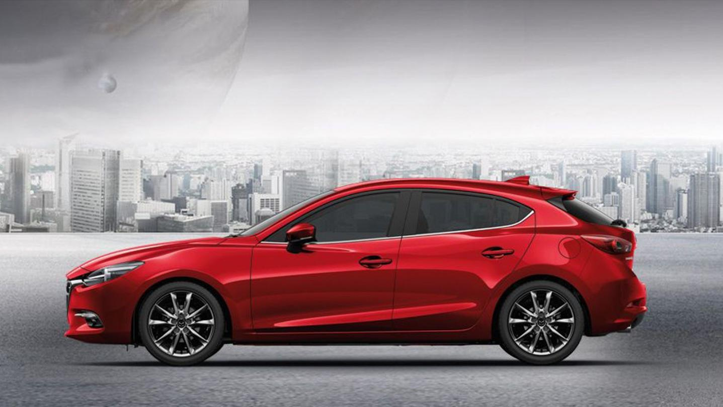 Mazda 3 Fastback 2020 Exterior 007
