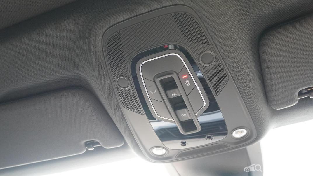 2020 Audi E Tron Sportback 55 quattro S line Interior 067