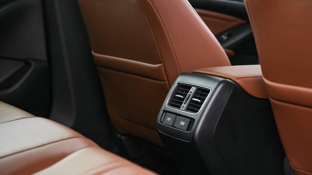 2021 Honda Accord 2.0L e:HEV EL+ Interior 052
