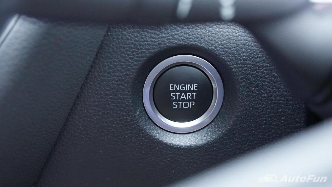 2021 Toyota Corolla Altis 1.8 Sport Interior 008