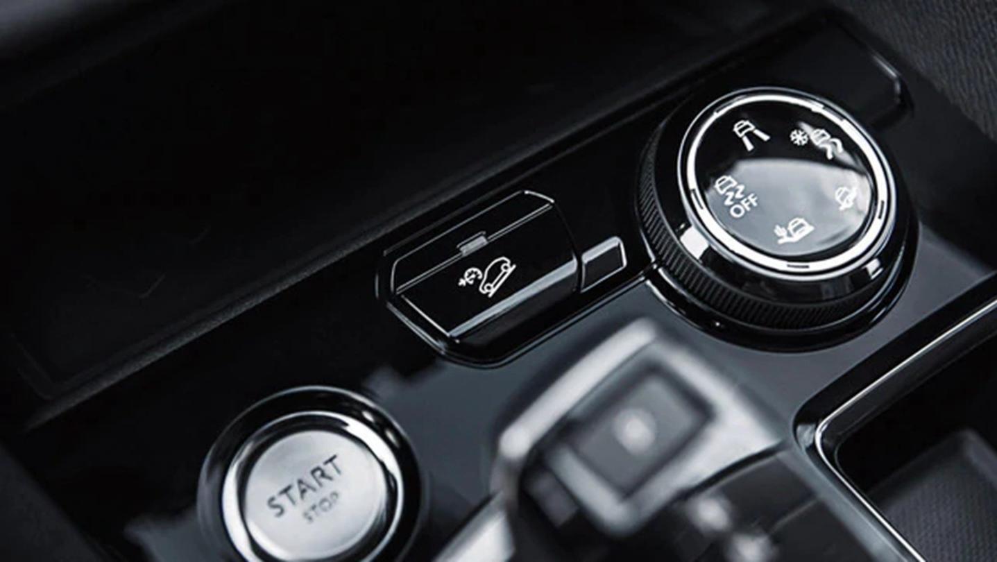 Peugeot 5008 2020 Interior 003