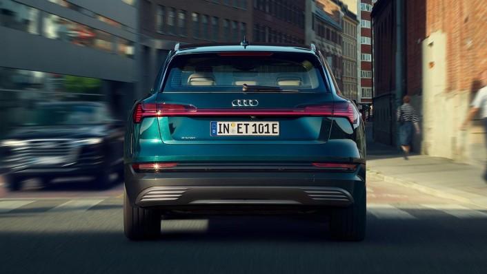 Audi E Tron 2020 Exterior 007