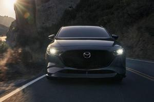 2021 Mazda 3 2.5 Turbo เปิดตัวใหม่เครื่องแรงกว่าเดิม แพงกว่ารุ่นมาตรฐาน 3 แสนบาท