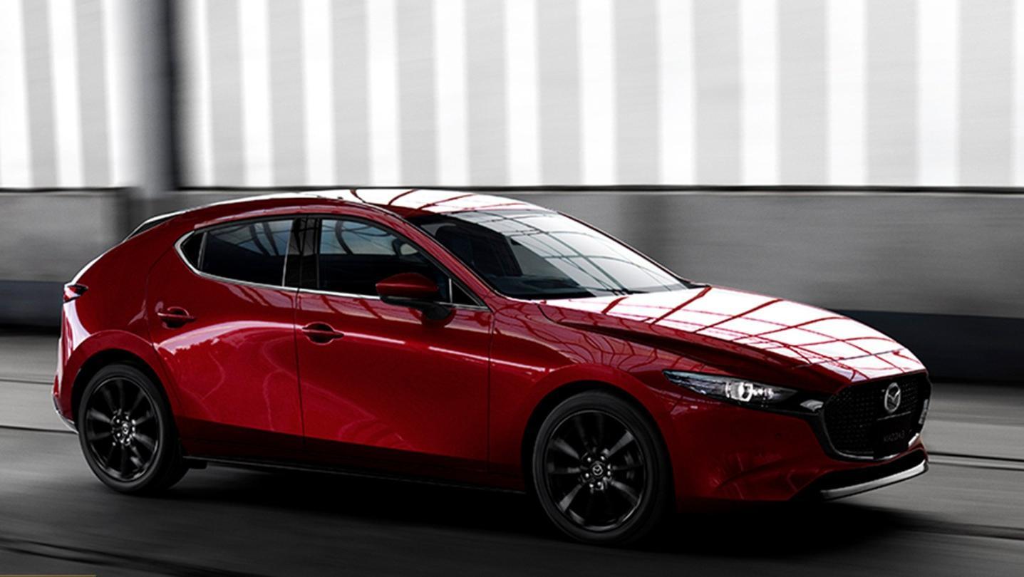 Mazda 3 Fastback Public 2020 Exterior 003