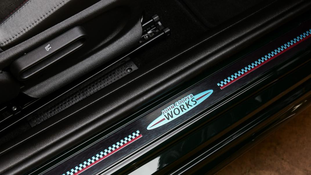 2021 Mini 3-Door Hatch John Cooper Works Interior 014