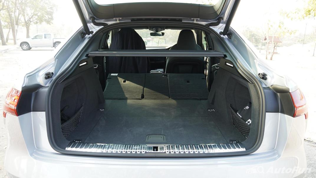 2020 Audi E Tron Sportback 55 quattro S line Interior 078