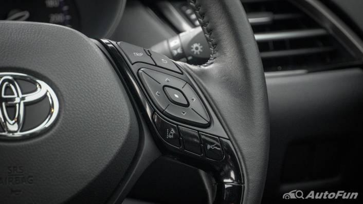2021 Toyota C-HR Hybrid Premium Safety Interior 006