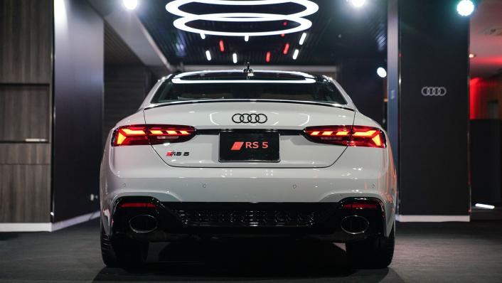2021 Audi RS 5 Coupe quattro Exterior 003