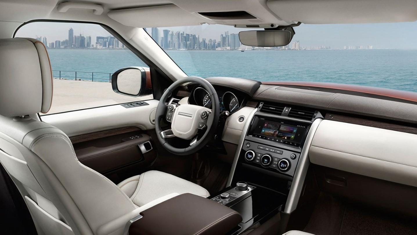 Land Rover Discovery 2020 Interior 002