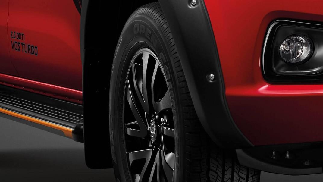 Nissan Navara 2020 Exterior 003