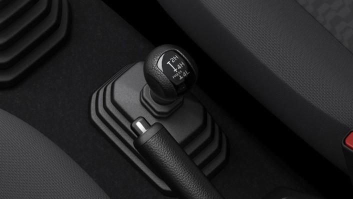 Suzuki Jimny 2020 Interior 009