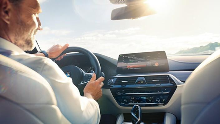 BMW X6 2020 Interior 002