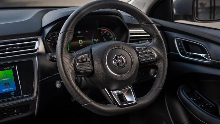 2021 MG EP Upcoming Version Interior 002