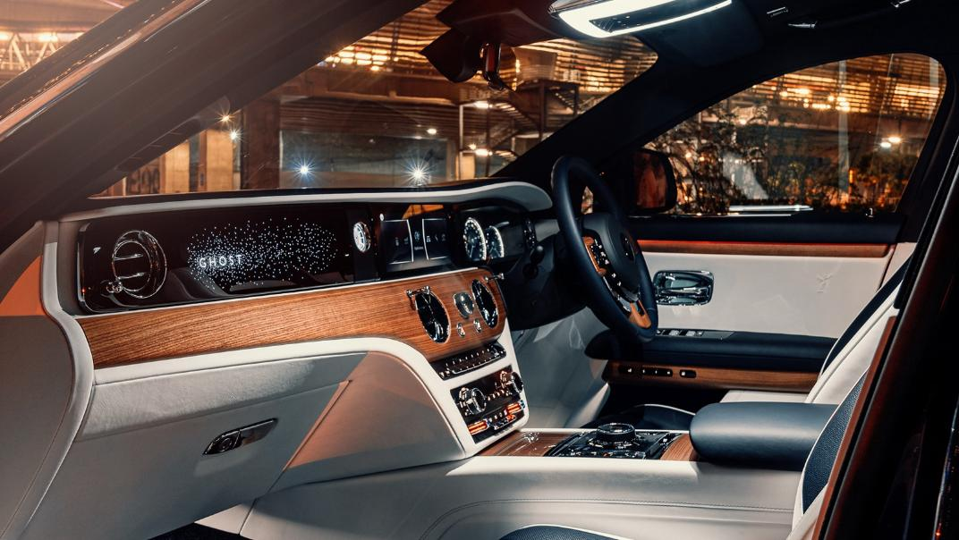 2021 Rolls Royce Ghost Interior 002