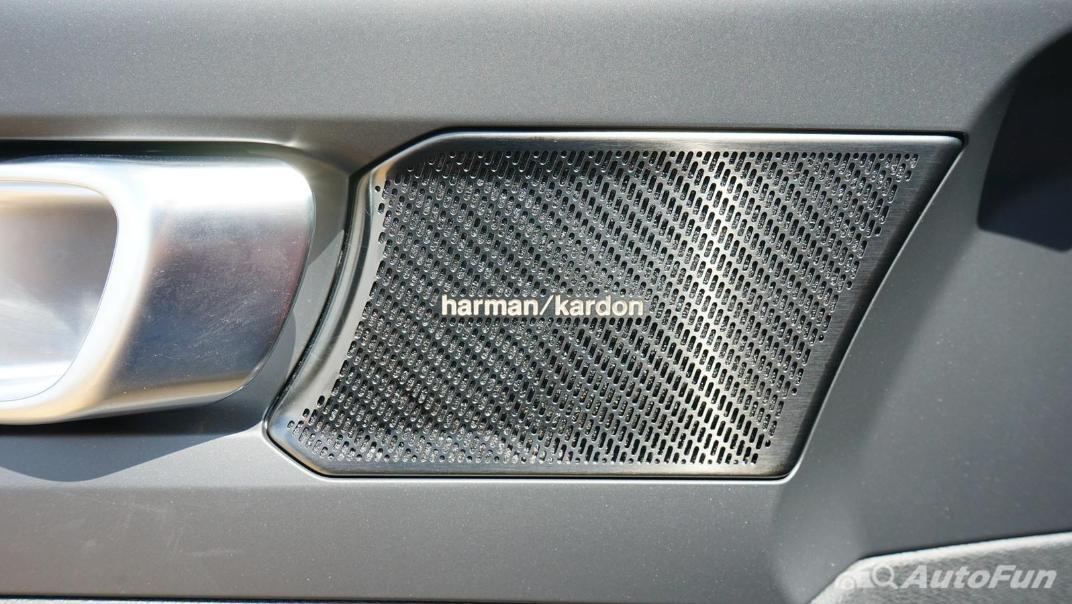 2020 Volvo XC 40 2.0 R-Design Interior 033