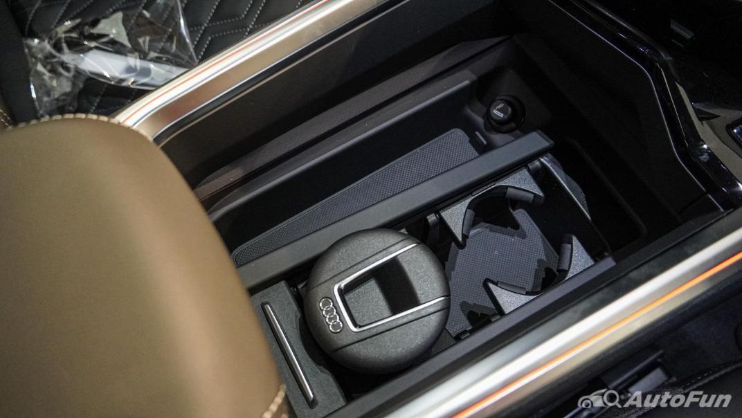 2020 Audi E Tron Sportback 55 quattro S line Interior 111