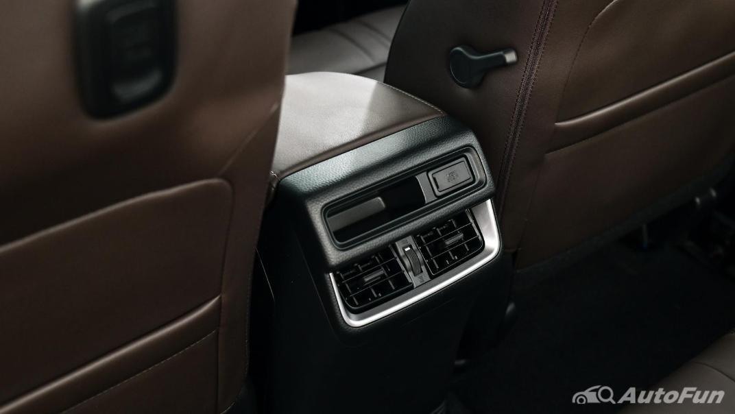 Mazda BT-50 Pro 2021 Interior 059