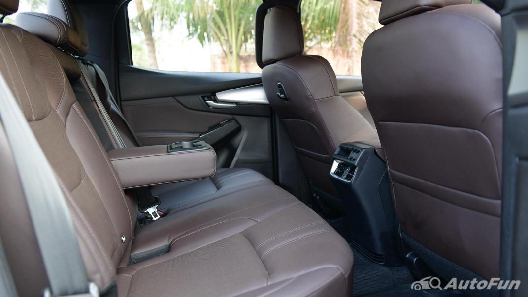2021 Mazda BT-50 Pro Double Cab 1.9 SP Hi-Racer 6AT Interior 018
