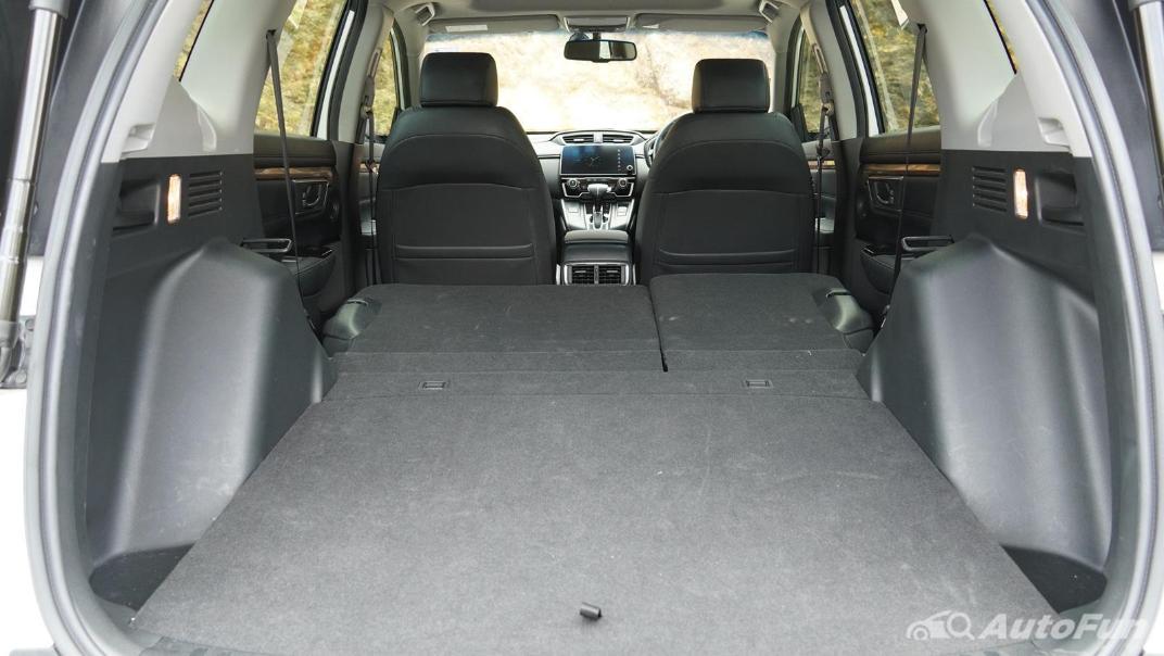 2020 Honda CR-V 2.4 ES 4WD Interior 046