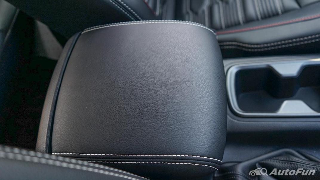 2021 Nissan Navara PRO-4X Interior 023