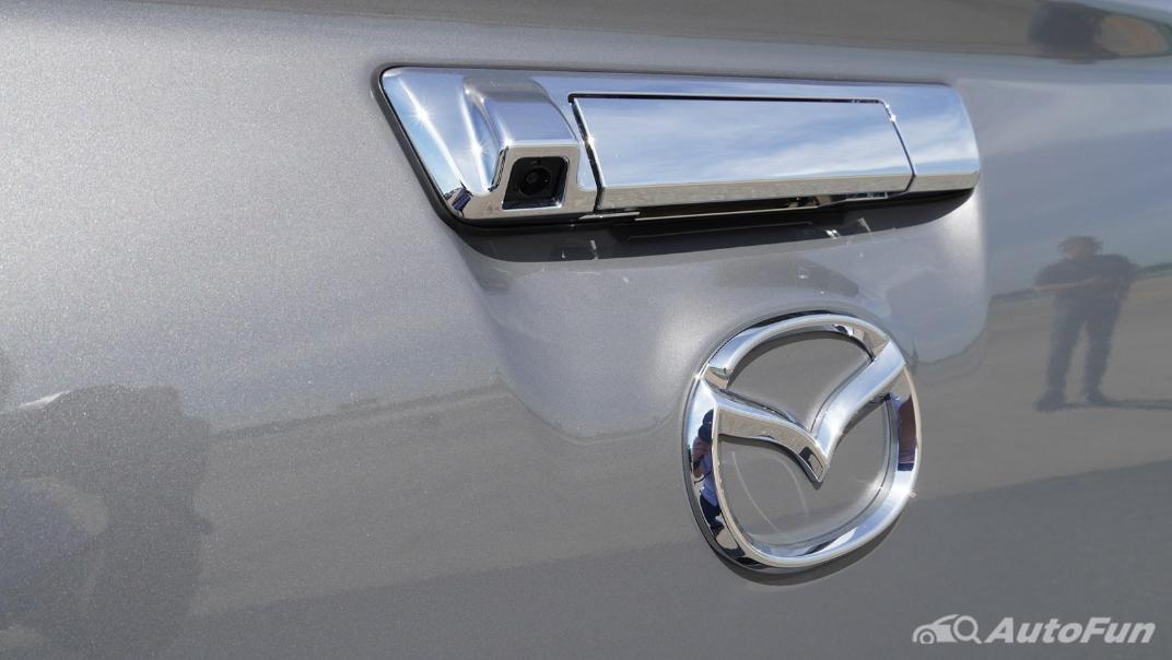 Mazda BT-50 Pro 2021 Exterior 019