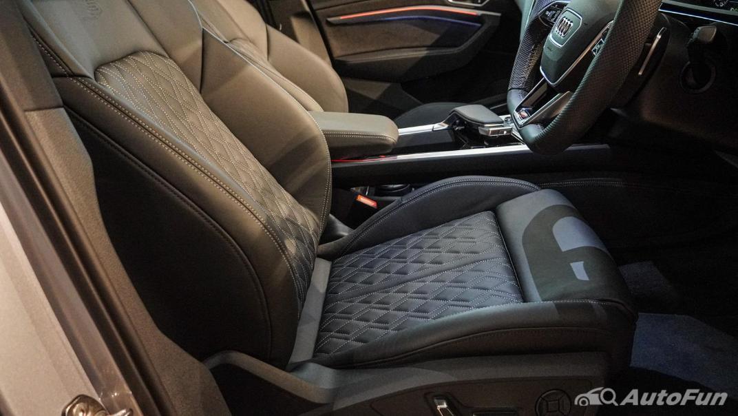 2020 Audi E Tron Sportback 55 quattro S line Interior 030